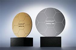 Фотогалерея - Акрил з металізованим ефектом — Plexiglas Sterling на сайте Материалы для рекламы - Plastics